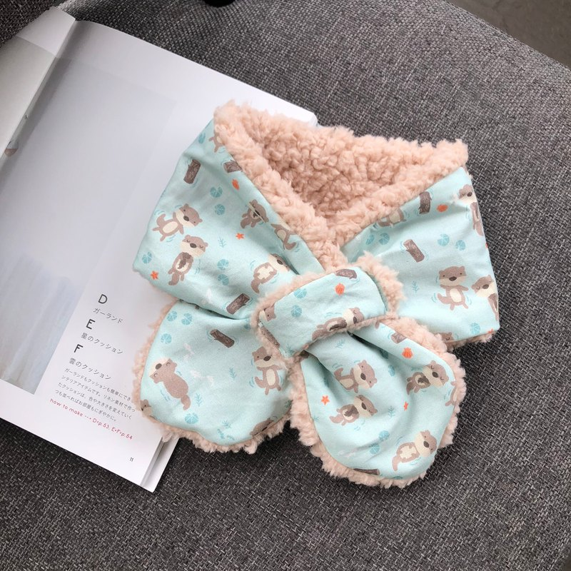Meng Shui 獭 handmade warm baby scarf neck around the moon gift box