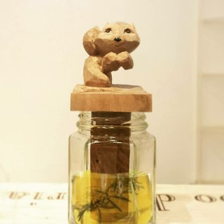 Cute Squirrel Essential Oil Diffusion Bottle