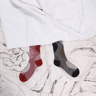 Socks cotton design sense circle strips a variety of texture in the long tube cute literary and playful Sen