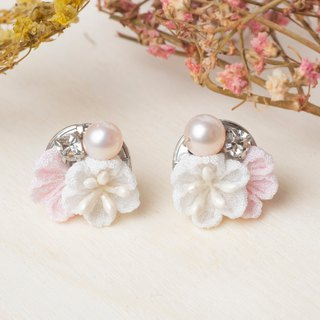 [Little Bell] つまみ 工 / Freshwater Pearl Crystal and Wind Cloth Earrings (Pink)