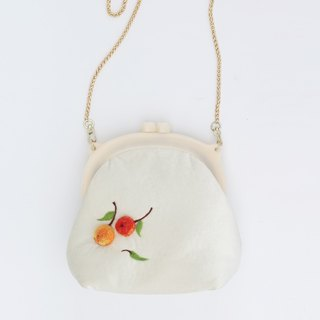 Ke people original fruit handmade wool felt chain retro mouth gold bag cute shoulders small bag diagonal package women