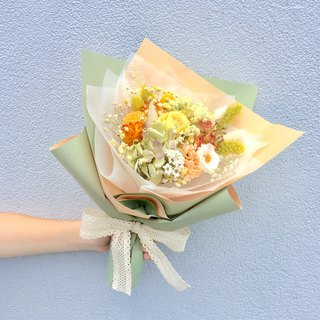 | The memory of youth | Not withering roses. Dry flowers. Graduation bouquet. Birthday bouquet