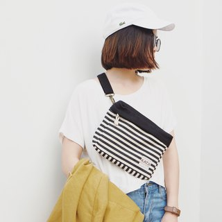PiP BAG ( Traveller Bag ) : BLACK WITH STRIPE
