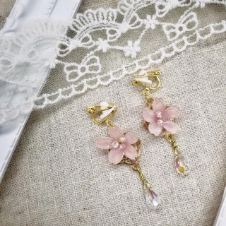 Sakura Earrings with Crystals