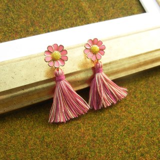 *Coucoubird*pink daisy tassel ear clip / can change anti-allergic ear acupuncture