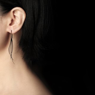 Black Breeze Earrings Breeze Earrings (Black)