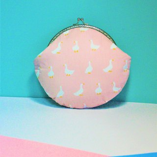 Pink swan mouth gold bag / Clutch / cosmetic bag