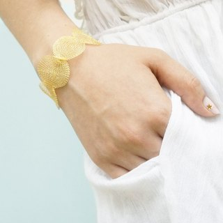 Edith & Jaz • Metallic Ribbon Bracelet (Gold Color)