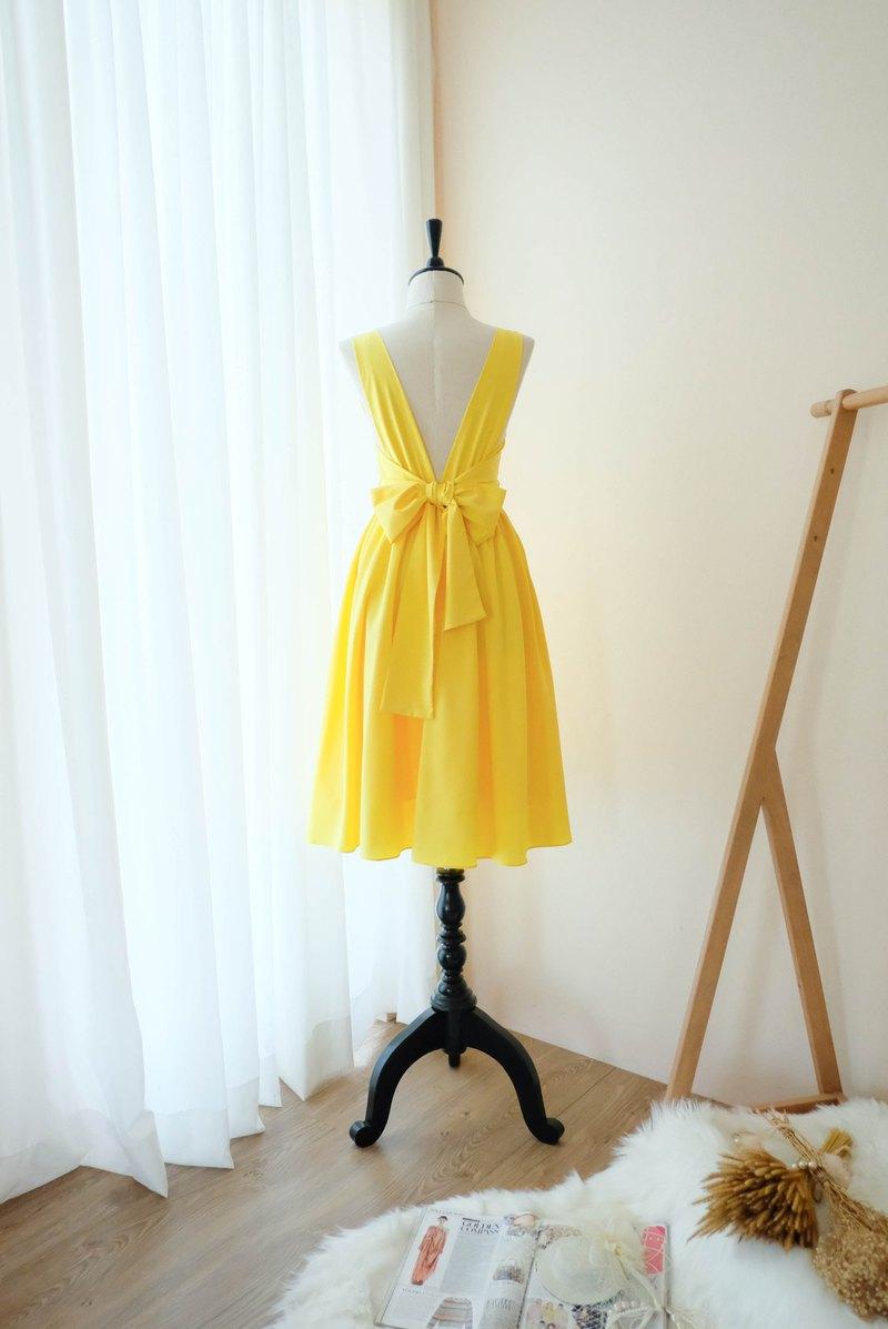 檸檬黃連衣裙舞會禮服伴娘禮服雞尾酒露背中長