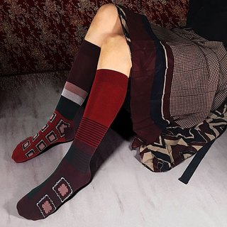 socks_scarlet / irregular / socks / stripes / red / check / flower
