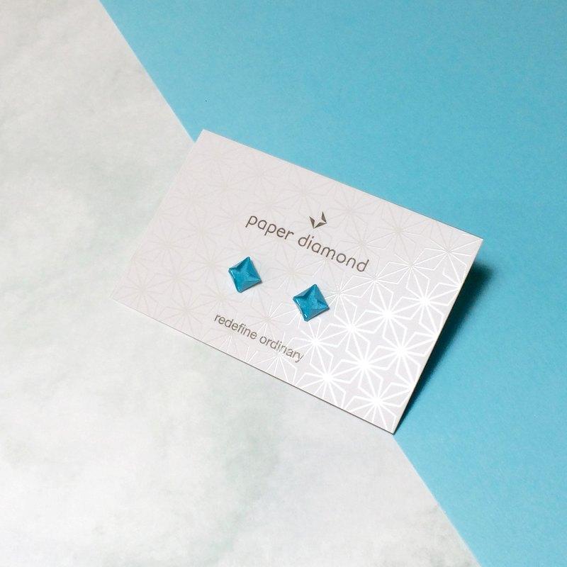 【出清品】絕版悠閒風天藍色摺紙鑽石耳環