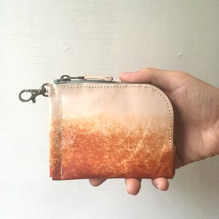 Hand-dyed tanned leather gradient dyeing purse