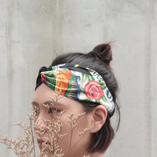 American cartoon | rose hit color black, red | American cotton cloth | hand cross hair band