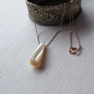 Takase shellfish gem cut K14GF necklace