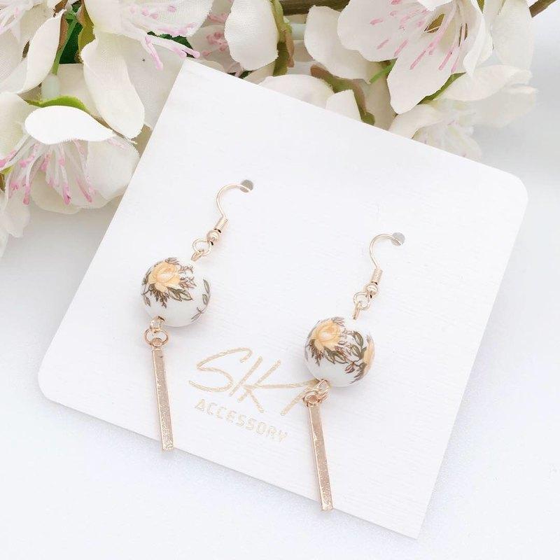 【可轉耳夾】日本彩繪珠 配 短金條 耳環