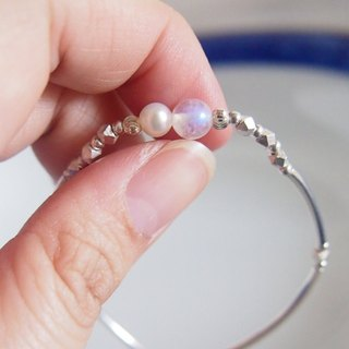 Gentle Moonlight | Crystal Clear Blue Moonstone Freshwater Pearl Sterling Silver Bracelet