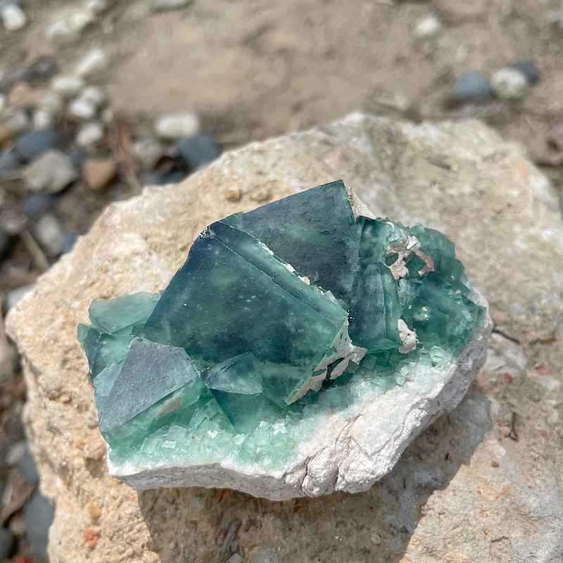 【Interior Decor】Green Fluorite Raw Crystal / Home/ Small Office Decor/Fung Sui