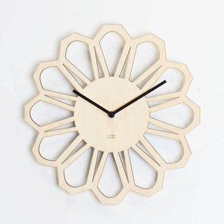 LOO wooden mute wall clock | 70s retro flowers