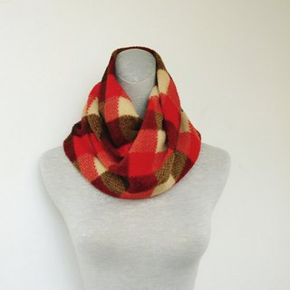 Low-key red hemp roll knit rocker brush plush neck neck small scarf