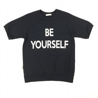 BE YOURSELF short-sleeved sweater