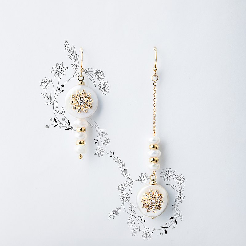 Days eye Daisy Freshwater Pearl Asymmetrical Earrings