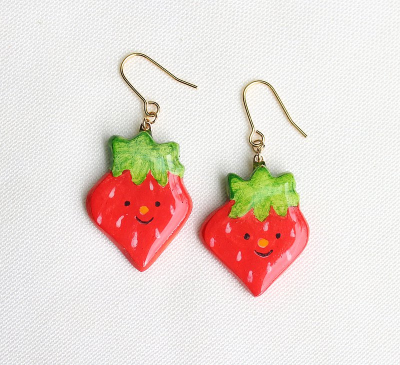 Strawberry earrings / ear clips / fruit / hand-painted