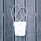 ◬ 素色|simple&natural系列 ◬ 小物袋 (白色) - 水洗牛皮紙/皮革紙產品