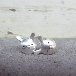Tiny Rabbit--Sterling Silver--Silver Rabbit --Cute Bunny Stud Earrings