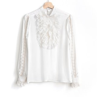 Vintage pure white court lace vintage shirt
