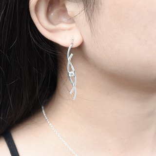 Intertwined lines (sterling silver earrings, zircon silver, Valentine's Day gift) ::C% handmade jewelry ::