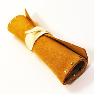 Burdock paper roll / tool bag