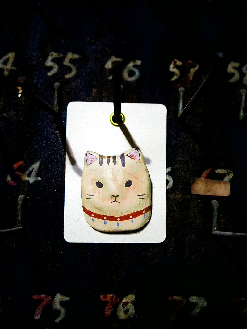 Brooch of Cat