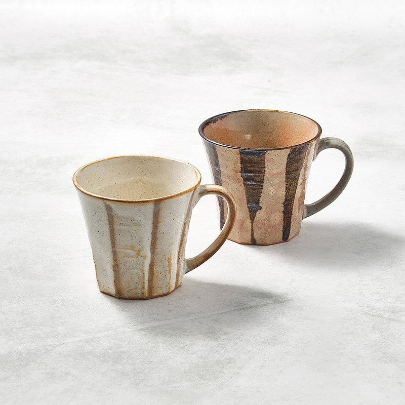 There is a kind of creativity-Japanese Mino-yaki-wide ear mug-paired cup set (2 pieces)