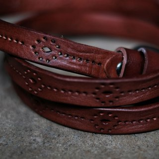 Limited cooperation black chestnut leather leather belt hollow carved belt three colors optional
