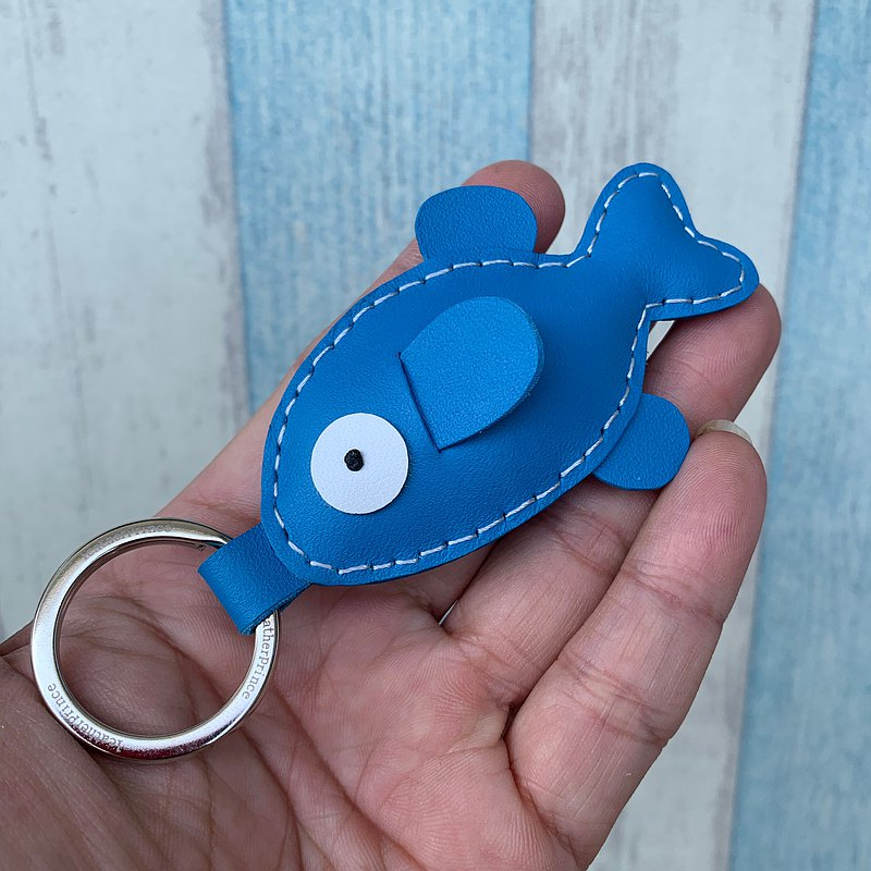 Healing small things blue cute fish hand-sewn leather key ring small size