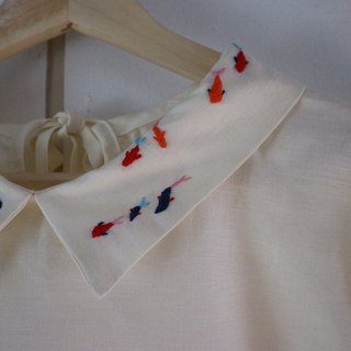 hand embroidery collar top - only one piece