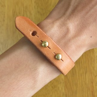 Leather bracelet, primary color vegetable tanned leather. Handmade [Jane One Piece]