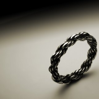Fine volume braid ring