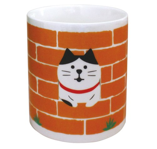 【Japan Decole】 concombre say HI hi mug ★ eight black and white cat pattern