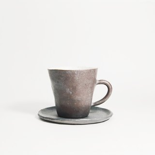 Retro hand pin ceramic clay mini espresso coffee cup - dark brown