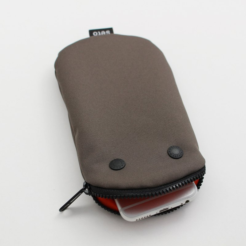 seto / creature bag / iPhone case / pencil case / Oval / Khaki / 2020
