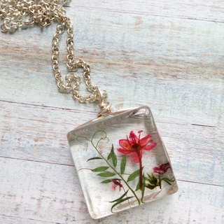 Pressed flowers jewelry, resin necklace silver chain, The red flowers