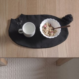 Fur Tail Canvas Black Cat Luncheon (Order Production)