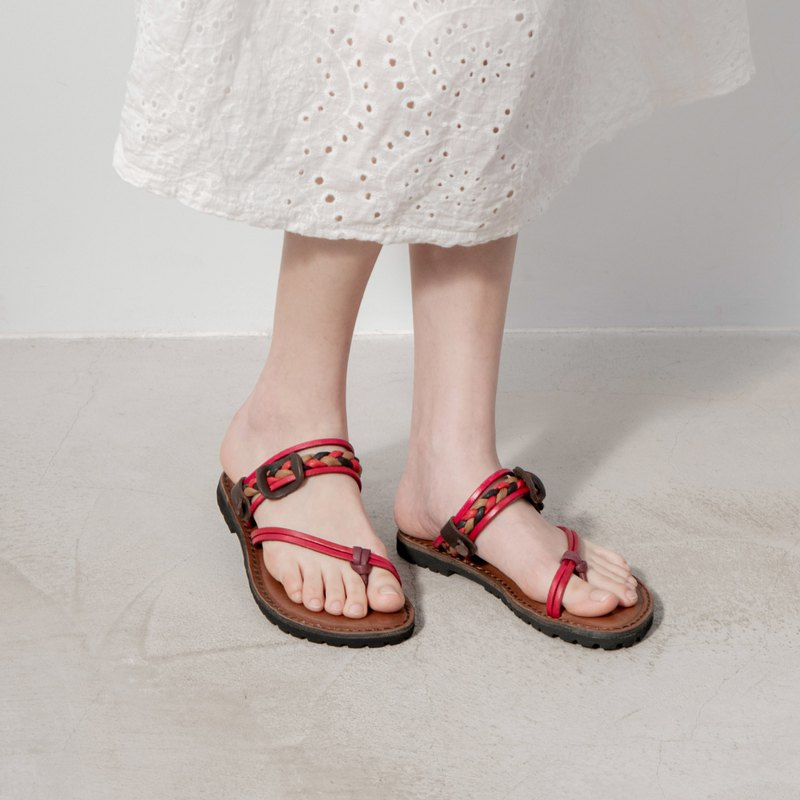 Leather woven sandals_ red