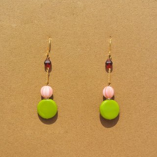 Pink pumpkin / grass green circular glass beads earrings