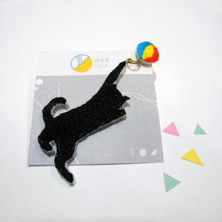 Forest embroidery black cat chase ear ear ear hand embroidery