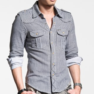 40 combed cotton double cloth small black and white plaid long-sleeved shirt pyramid rivet (inner layer is striped cloth)