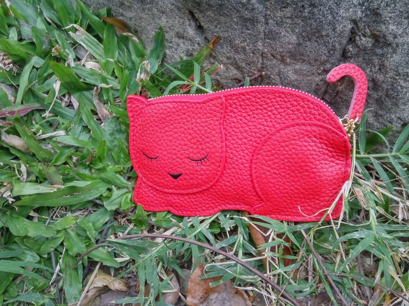 Meow ~ I want to slap you_Animal-shaped leather small change key case_Red cat