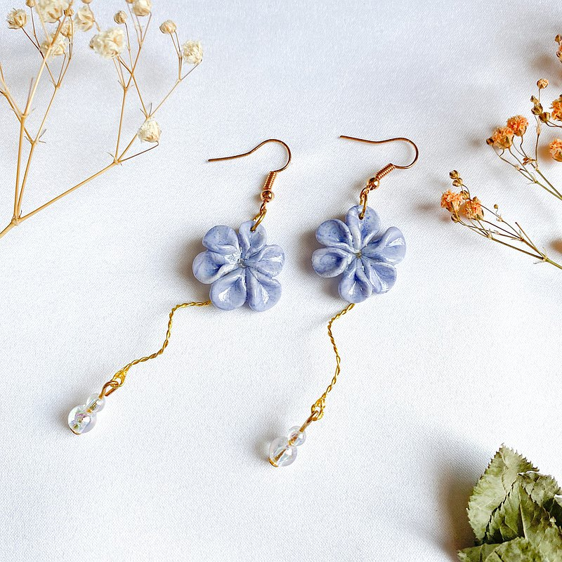 clay flower dangle earring【purple】
