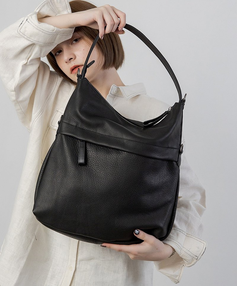 Simple 3 Back Method Shoulder Back Tote Bag Black
